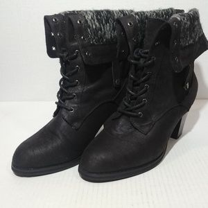 JustFab Wynne Lace Up Stacked Heel Booties sz 10
